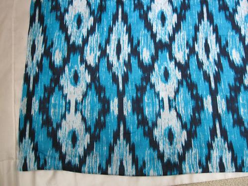 aqua-navy knit print