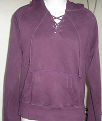 textile, magenta, polar fleece, clothing, purple, violet, sleeve, hoodie, outerwear, pocket,
