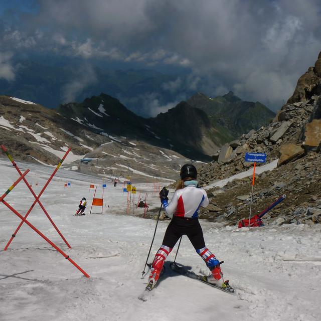 Downhill ski slalom at the Kitzsteinhorn