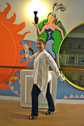 Walk like an Egy.. a circus lady?