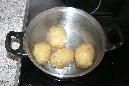 13 - Kartoffeln kochen / Cook potatoes