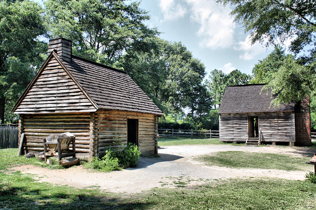 Colonial Log Cabins At Yorktown Victory Center Flickr