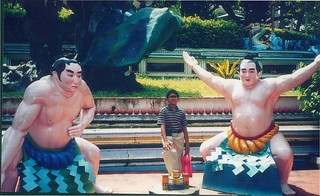 Tiger Balm Gardens- Sumo wrestlers