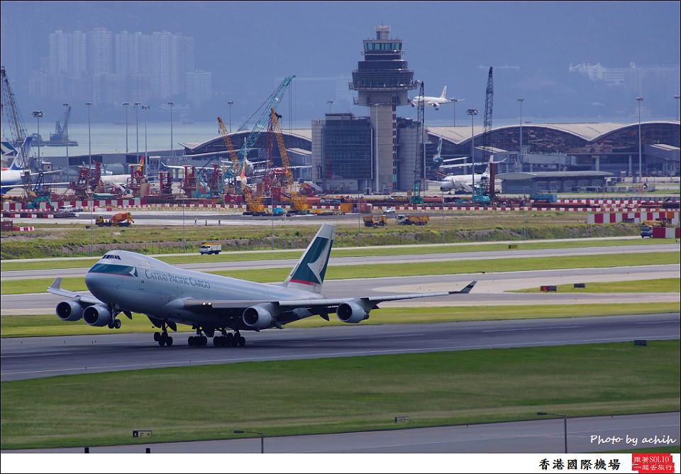 Cathay Pacific Airways / B-LIC / Hong Kong International Airport
