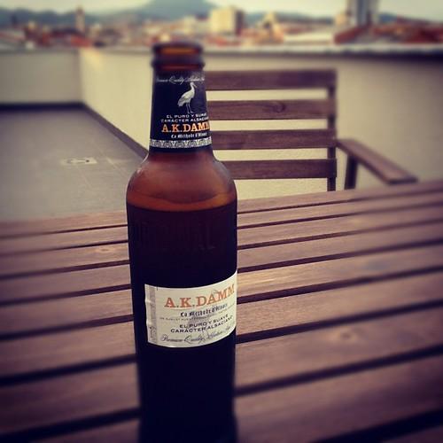 Fantastico!! Una cervecica fresquica en la terraza by rutroncal