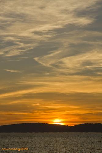 Puesta de sol/Cangas desde Bouzas by sairacaz