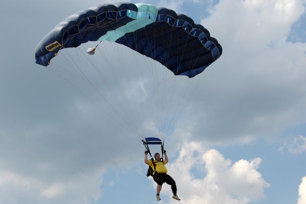 Fly-in @ Floreni - Mitingul cailor putere - Poze 7677958556_55d1e62204_o