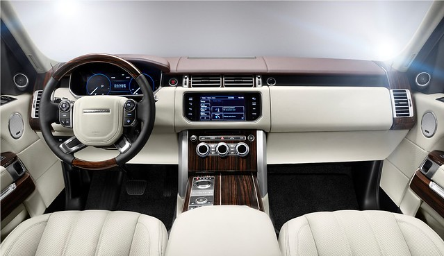 13MY Range Rover Interior