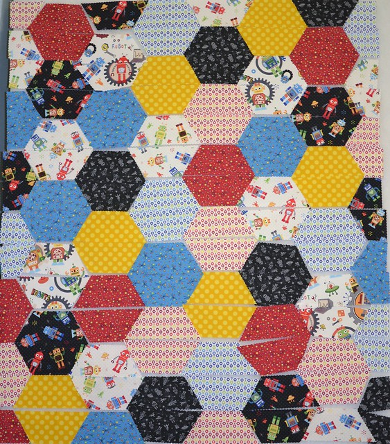robot hexagon quilt