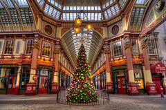 The Leadenhall Market is ready for Christmas (HDR)