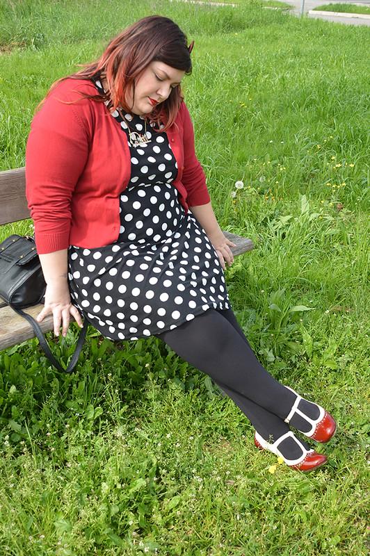 outfit pois, nero e rosso (1)