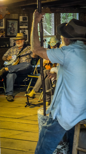 Perryville Pickin and Grinnin-56