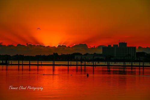 morning usa sun seascape clouds sunrise canon river outside outdoors dawn photo downtown florida horizon stuart photograph rays stlucieriver