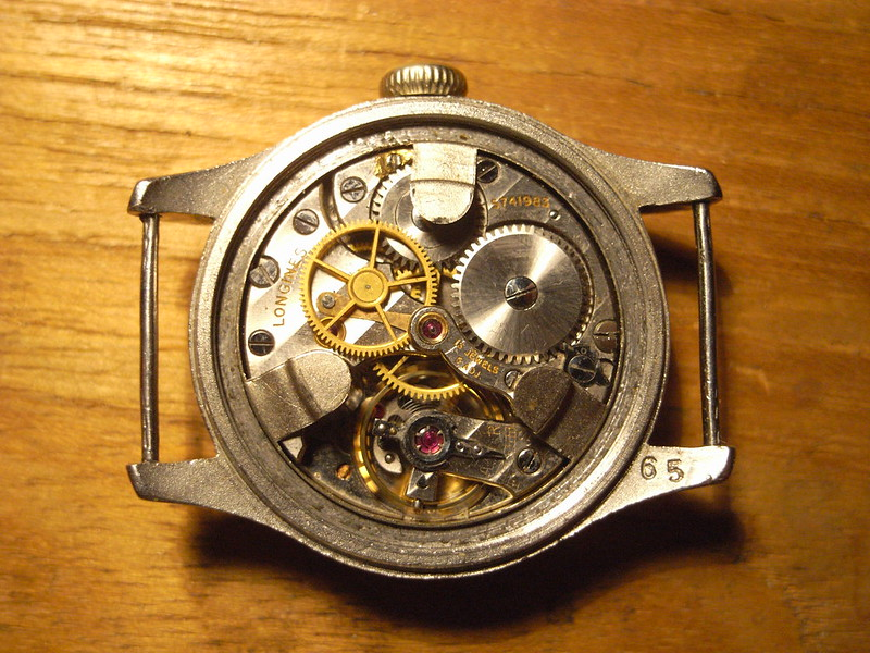 how to remove the movement from a watch