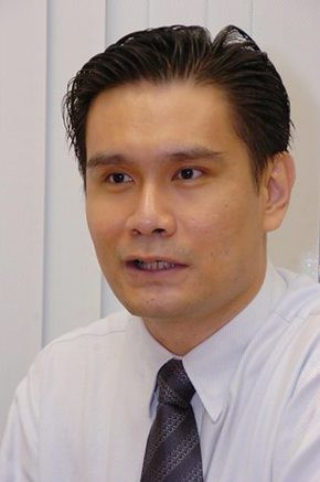 Lee Lip Hong, 39: role model no more for young Singaporeans