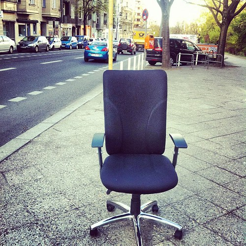 Score one desk chair