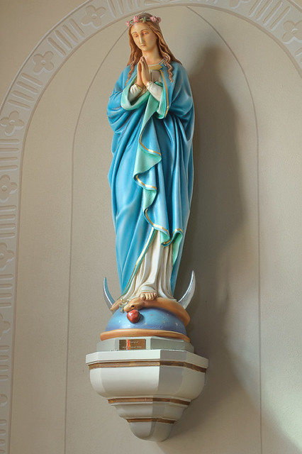 Church of the Risen Savior (Saint Joseph), in Rhineland, Missouri, USA - statue of the Blessed Virgin