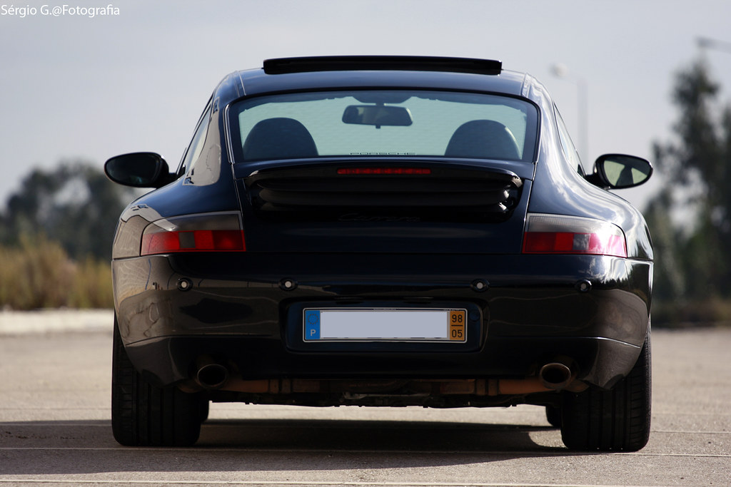 Porsche Carrera 2 911 (996)