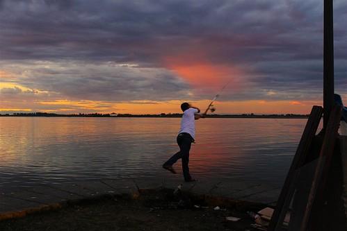 Pescando Nuvens by Glênio Freitas Jr.
