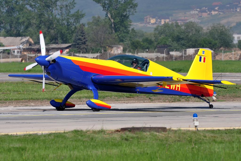 Cluj Napoca Airshow - 5 mai 2012 - Poze 7145977623_7faae37836_o