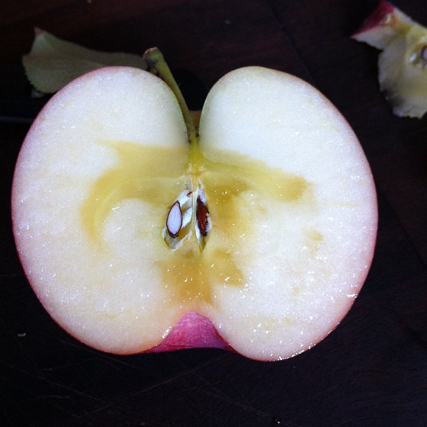 Why does the inside of my homegrown Fiji apple look like this? Tastes delicious tho!