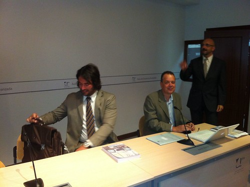 Vocal: Dr. Juan M. Trujillo Torres (Univ. Granada) y Vocal: Dr. José M. Ríos Ariza (Univ. Málaga)
