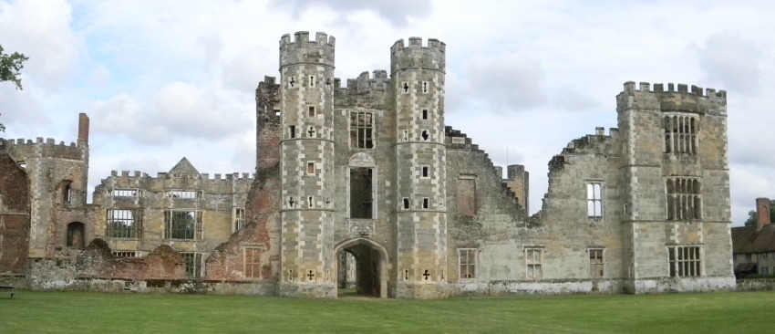 Cowdray ruins - Midhurst Haslemere to Midhurst