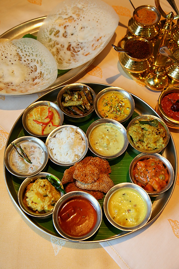 A traditional south indian sattvik meal fit for a king from the a traditional south indian sattvik meal fit for a king from the kitchens of dakshin itc maratha forumfinder