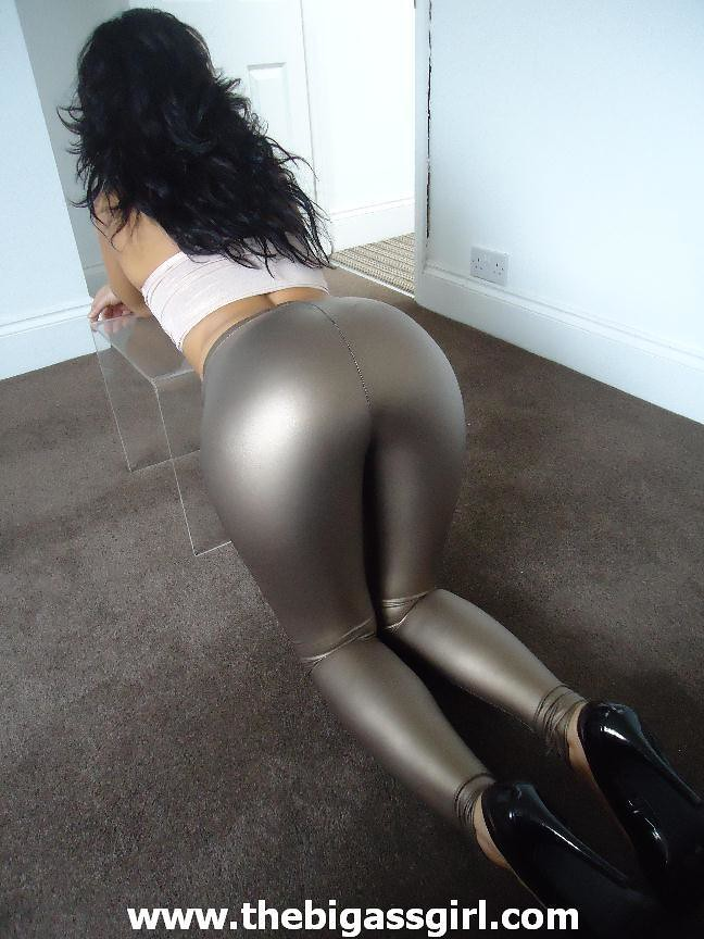 MILF sex free shainy leggings big ass photos