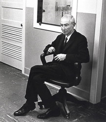 Oppenheimer Robert during 1965 visit to the Lab