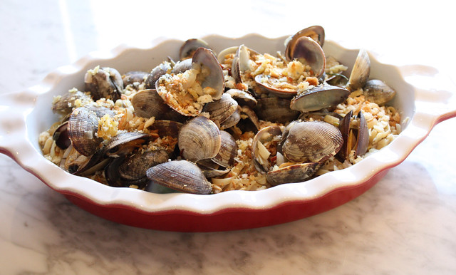 Linguine and Clams with Fennel, White Wine & Thyme Breadcrumbs - Home ...