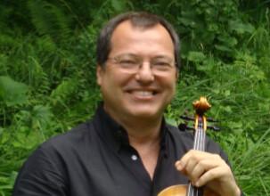 Sergio Castro, profesor de violin en el curso de verano cuerdas al aire