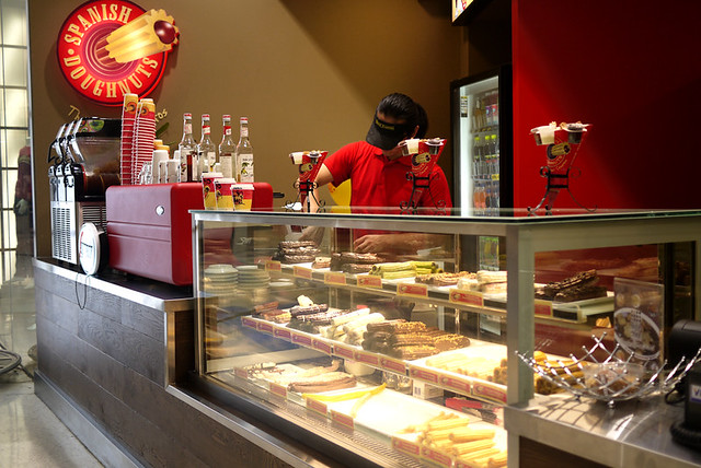Spanish Doughnuts at Macquarie Centre (North Ryde, NSW)