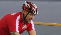 sprint(0.0), inline speed skating(0.0), bicycle(0.0), racing(1.0), endurance sports(1.0), bicycle racing(1.0), sports(1.0), sports equipment(1.0), cycle sport(1.0), cycling(1.0), athlete(1.0),