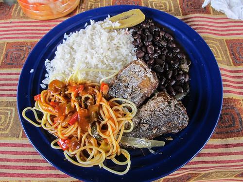 Cahuita: un casado de poisson bien équilibré ;)