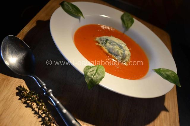 Velouté deTomate et sa Crème de Mozzarella au Basilic © Ana Luthi Tous droits réservés 14