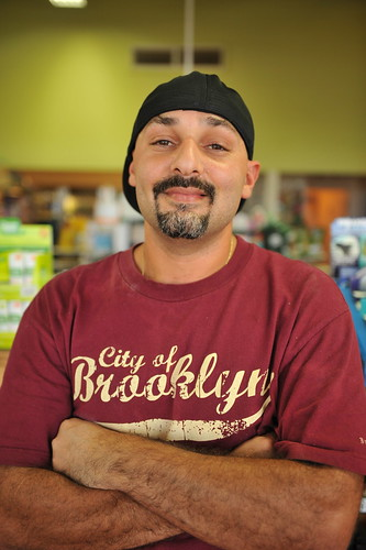 013 Sean M. Hower (c) 2012 Alive & Well Dining guide 2012