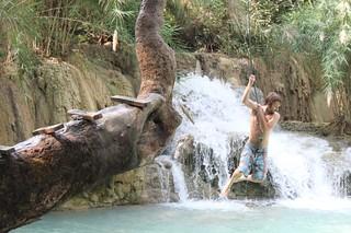 20120130_3091_Khang-Si-waterfalls