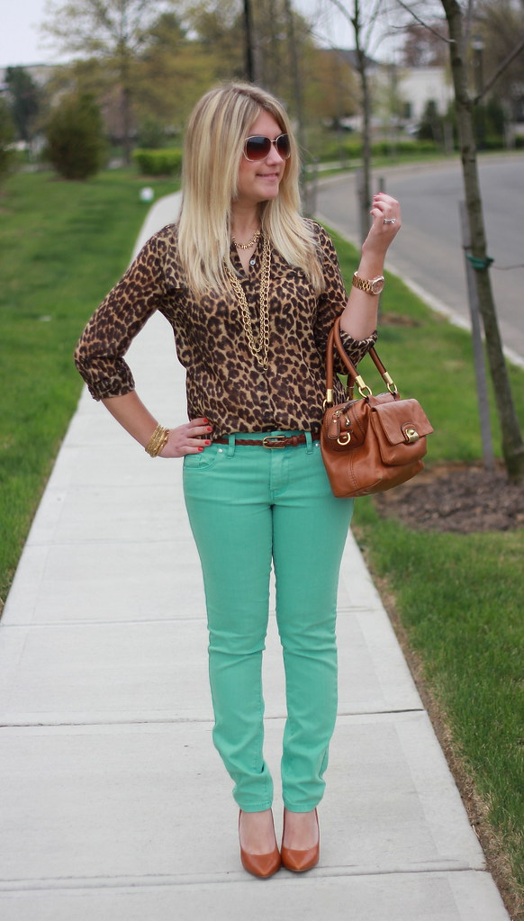 mint jeans and leopard blouse outfit