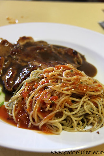 Spaghetti with Chicken Chop in Mushroom Sauce, Mayflower Food Court