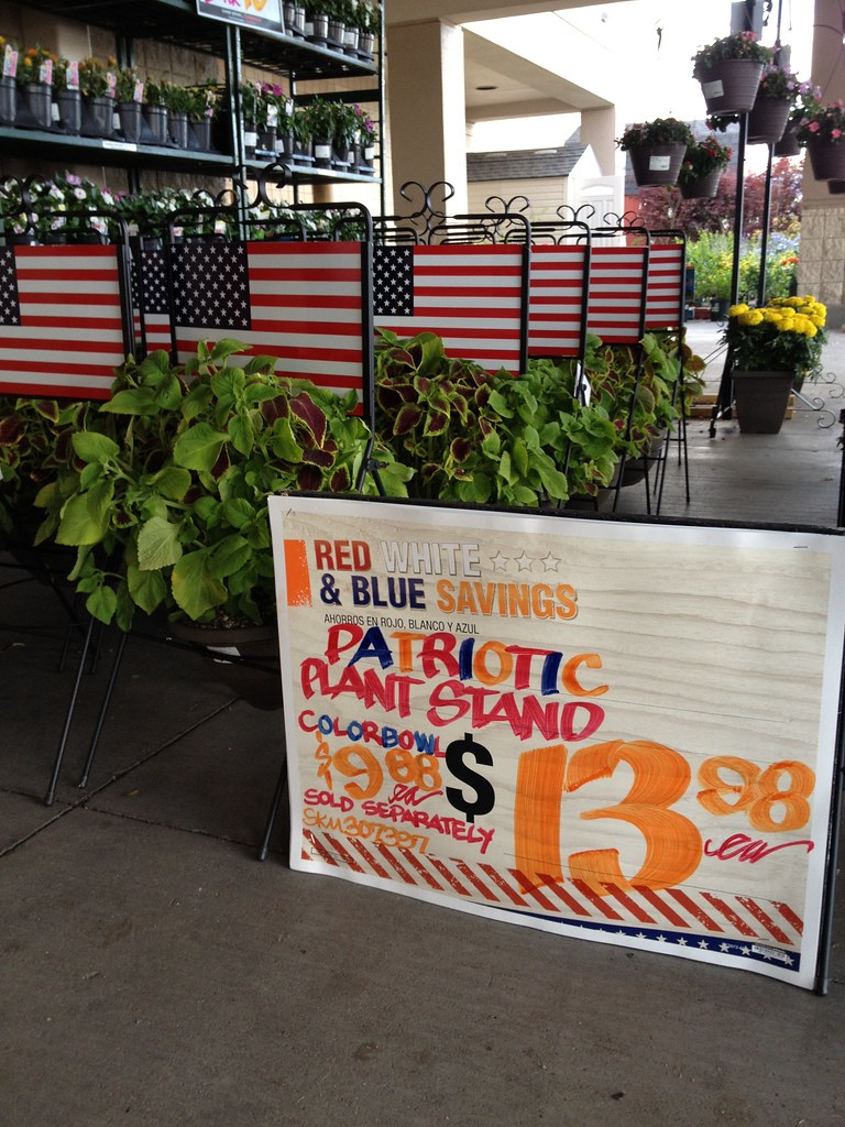Fourth of July & Summer Products: Patriotic Plant Stand