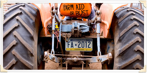 TRACTOR-FARM_AID_OR_BUST-580X288