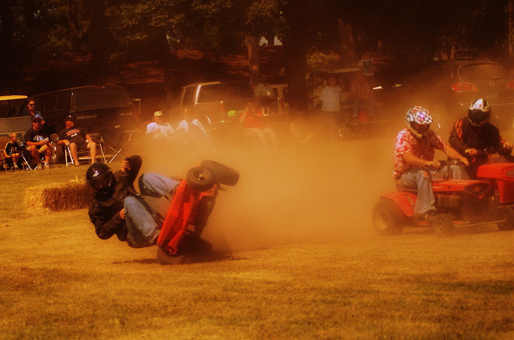 Lawn Mower Racing - Butterfield, MN