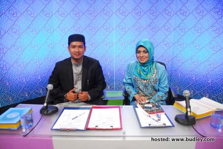 Juri Ustaz Zamri Zainuldin dan Sharifah Khasif Fadzilah Syed Mohd Badiuzzaman