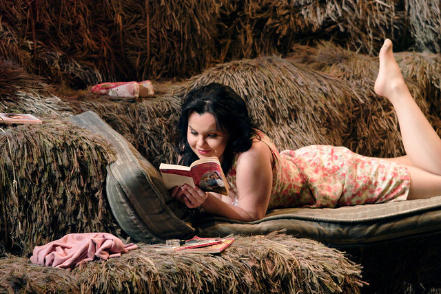 Aleksandra Kursak as Adina in L'Elisir d'amore. ©ROH/Catherine Ashmore 2007