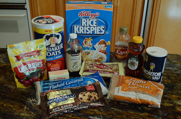 All of the required ingredients for the granola bars.