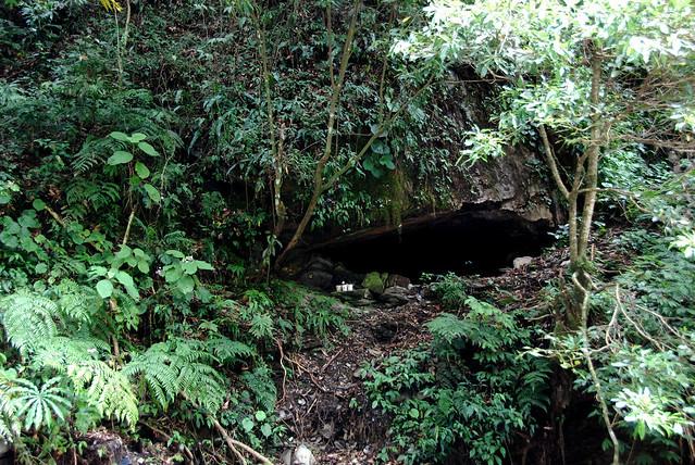 馬海濮岩窟
