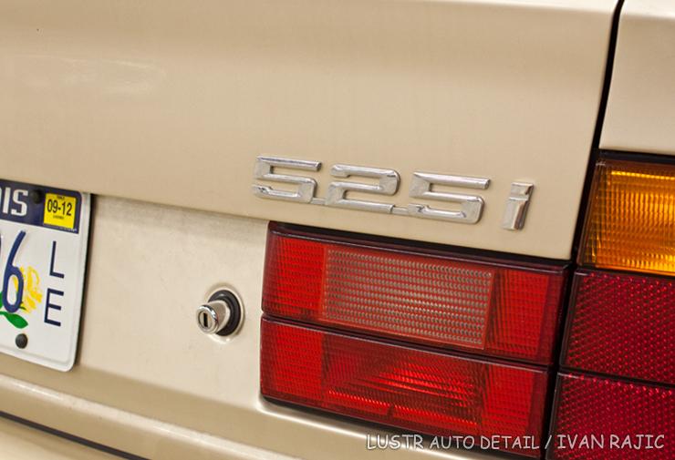 95 BMW 525i badge