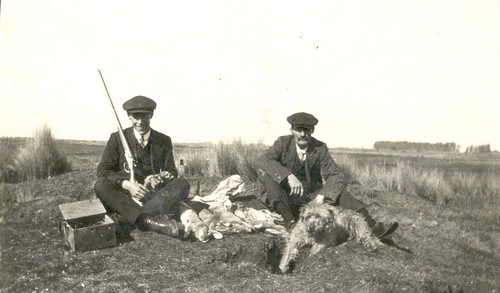 Cyril & Arthur James Pearce rabbit hunting