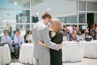charleston-south-carolina-aquarium-wedding-56